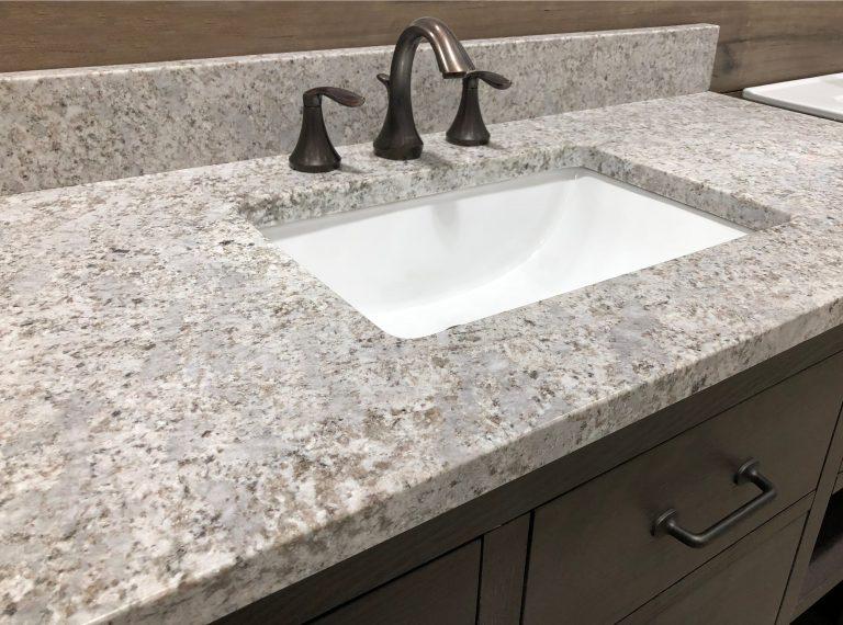 Encimera de granito gris para baño